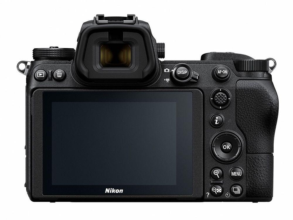 Nikon/zoom/Z6_1.jpg