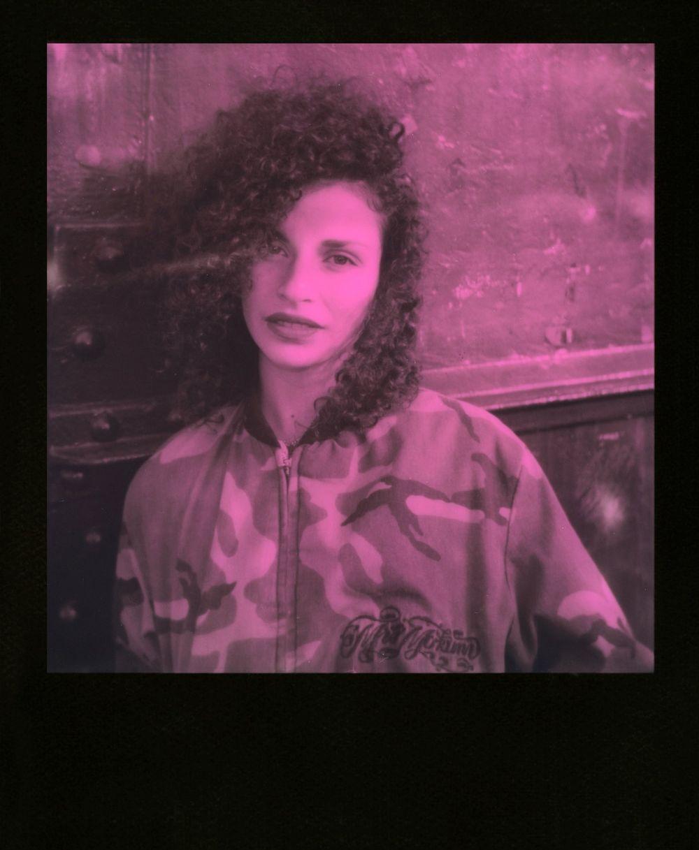 Film: Polaroid Originals Instant Black & Pink Film for 600