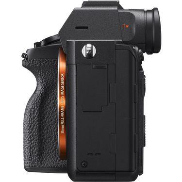 Sony ILCE7RM4_A6.jpg