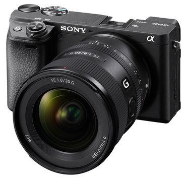 Sony SEL20F18G_4.jpg